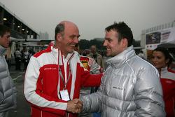 Dr. Wolfgang Ullrich (directeur du département sport d'Audi) et Jamie Green (Persson Motorsport, AMG