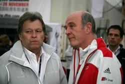 Norbert Haug, directeur sportif Mercedes-Benz, et Dr. Wolfgang Ullrich, directeur du département sport d'Audi