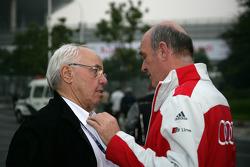 Hans Werner Aufrecht (directeur d'équipe HWA, Président d'ITR) et Dr. Wolfgang Ullrich (directeur du