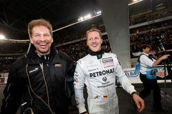 Michael Schumacher (vainqueur de la Nations Cup pour l'équipe d'Allemagne) et Fredrik Johnsson