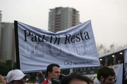 Drapeau du championnat pour Paul di Resta, Team HWA AMG Mercedes C-Klasse