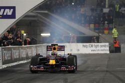 Sebastian Vettel en el coche de Red Bull Racing F1
