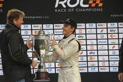 Podium : Filipe Albuquerque, vainqueur de la Race of Champions