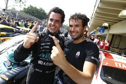 Race winners Alexandre Negrao and Enrique Bernoldi celebrate