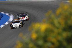 #33 Triple H Team Hegersport Maserati MC12: Altfrid Heger, Alex Müller, #37 All-Inkl.com Münnich M