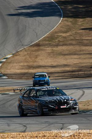 #123 Gearhead Racing, BMW M3 Black/Si de 2002: Robert Gagliardo, Max Fischer, Ken Wilkinson