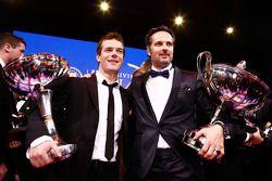 Le champion FIA World Rally Sébastien Loeb et le champion FIA World Touring Car Yvan Muller