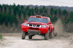 Team Dessoude : Carlos Oliveira teste la Nissan Pickup