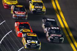 Jeff Burton, Richard Childress Racing Chevrolet and Kevin Harvick, Richard Childress Racing Chevrolet lead the field