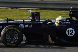 Pastor Maldonado, Williams, avec un instrument de mesure