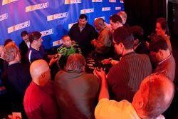 Mark Martin, Hendrick Motorsports Chevrolet, media