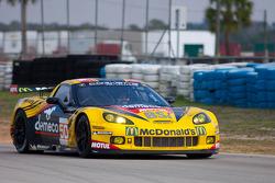 #50 Larbre Competition Chevrolet Corvette ZR1: Patrick Bornhauser, Julien Canal, Gabriele Gardel