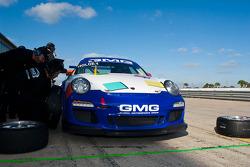#44 GMG Racing Porsche GT3: Brent Holden