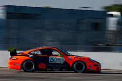 #25 NGT Motorsports Porsche GT3: Andres Cisneros