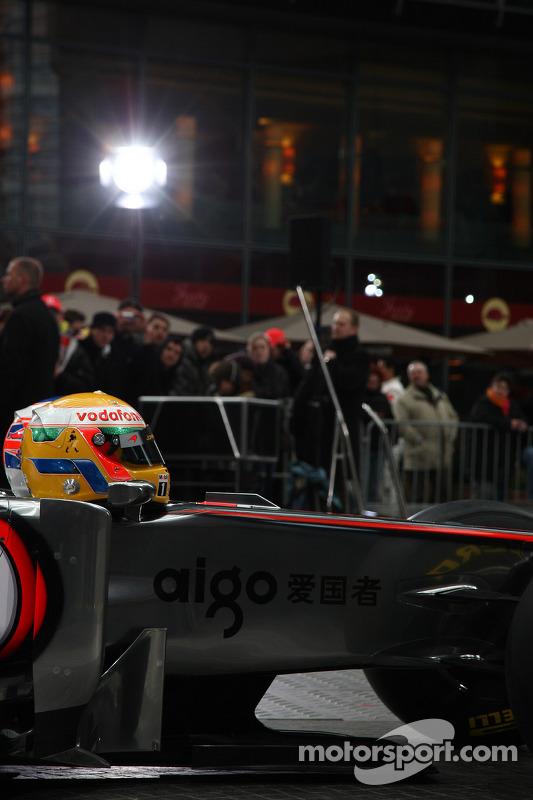 McLaren MP4-26: Frontpartie