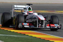 Sergio Pérez, Sauber F1 Team, C30 con un alerón trasero móvil