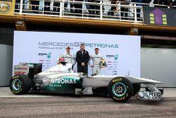 Nico Rosberg, Mercedes GP F1 Team; Michael Schumacher, Mercedes GP F1 Team