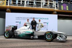 Nico Rosberg, Mercedes GP F1 Team ve Michael Schumacher, Mercedes GP F1 Team