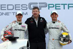 Michael Schumacher, Mercedes GP F1 Team; Ross Brawn Mercedes-Teamchef; Nico Rosberg, Mercedes GP F1