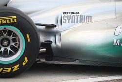 Mercedes MGP W02: Seitenpartie