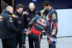 Christian Horner, Red-Bull-Racing-Sportdirektor; Adrian Newey, Red-Bull-Racing-Teamdirektor; Sebasti