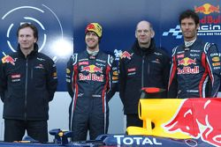 Christian Horner, Red-Bull-Racing-Teamchef; Sebastian Vettel, Red Bull Racing; Adrian Newey, Red-Bul
