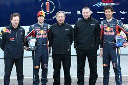 Christian Horner, Red-Bull-Racing-Teamchef; Sebastian Vettel, Red Bull Racing; Jean-Francois Caubet,