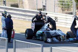 Nico Rosberg, Mercedes GP F1 Team, s'arrête en piste