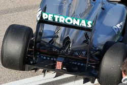 Mercedes GP F1 Team, MGP W02