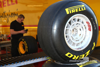 Pirelli introduced new hard tyre for Barcelona