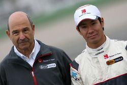 Peter Sauber, propriétaire de l'équipe Sauber F1 Team et Kamui Kobayashi, BMW Sauber F1 Team