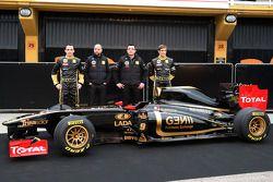 Robert Kubica, Gerard Lopez Genii Capital, Lotus Renault GP; Eric Boullier, Louts-Renault-Teamchef;