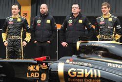 Robert Kubica, Lotus Renault GP; Gerard Lopez, Lotus-Renault-GP-Besitzer; Eric Boullier, Lotus-Renau