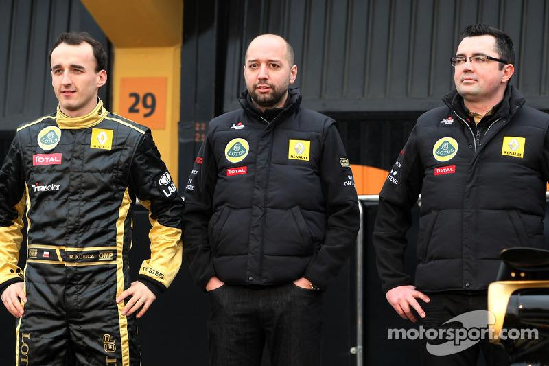 Robert Kubica, Lotus Renault GP, Gerard Lopez, Lotus Renault GP owner ve Eric Boullier, Takım Patron