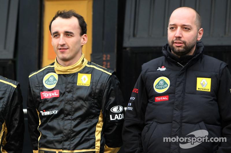Robert Kubica, Lotus Renault GP ve Eric Boullier, Takım Patronu, Lotus Renault GP
