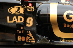 New Lotus Renault R31 technical detail