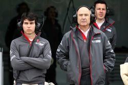 Sergio Perez, Sauber F1 Team et Peter Sauber, directeur d'équipe Sauber F1 Team