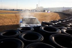 #53 TRG/Nadeau Motorsports Porsche GT3: Bob Doyle, Jim Michaelian, Coulter Mulligan in de bandmuur