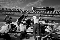 Pitstop #76 Krohn Racing Ford Lola: Nic Jonsson, Tracy Krohn, Nicolas Minassian, Ricardo Zonta
