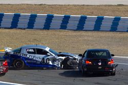 #40 Berg Racing Mazda RX-8: Robert Mitten, John Weisberg voor #4 Doran Racing BMW 128i: Joe Masessa,