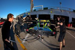 Starworks Motorsport team members at work