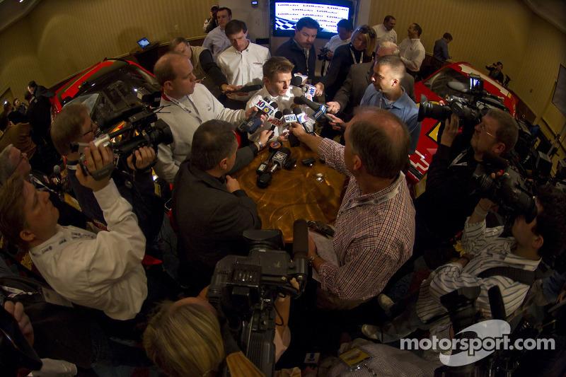 Earnhardt Ganassi Racing avec Felix Sabates annonce le retour de Juan Pablo Montoya et Jamie McMurra