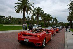 Un groupe de Ferrari se dirige vers les rues de West Palm Beach