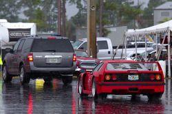 Ferrari F40 in de regen