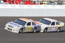David Reutimann, Michael Waltrip Racing Toyota et Martin Truex Jr., Michael Waltrip Racing Toyota