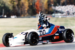 Multi-time SCCA National Champion Bill Noble passes away: Bill Noble and his Formula Vee