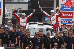 Podium : 5e place pour la catégorie voitures, Krzysztof Holowczyc et Jean-Marc Fortin