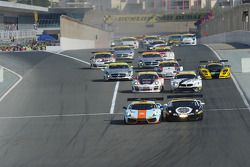 #83 Gulf Team First Lamborghini LP560: Fabien Giroix, Frédéric Fatien, Roald Goethe, Mike Wainwright en tête