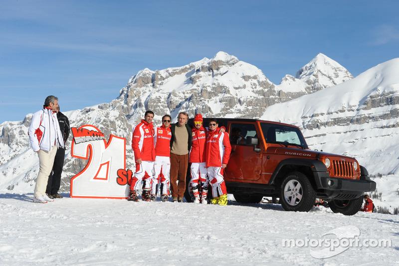 Maurizio Arrivabene, Marc Gene, Felipe Massa, Luca di Montezemolo, Fernando Alonso, Giancarlo Fisich