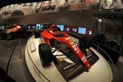 Besuch in der Ferrari-Welt in Abu Dhabi